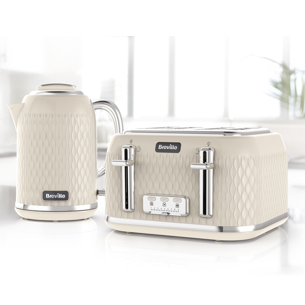 2 Slice Toaster Cream Chrome: Cream Curve Collection 4 Slice Toaster